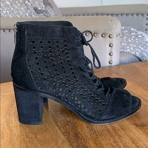 Vince Canute open-toe lace-up booties
